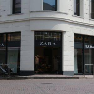 Nieuwbouw winkelpand Zara en appartementen de Klomp Enschede